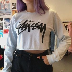 Stussy long sleeve cropped graphic logo tee